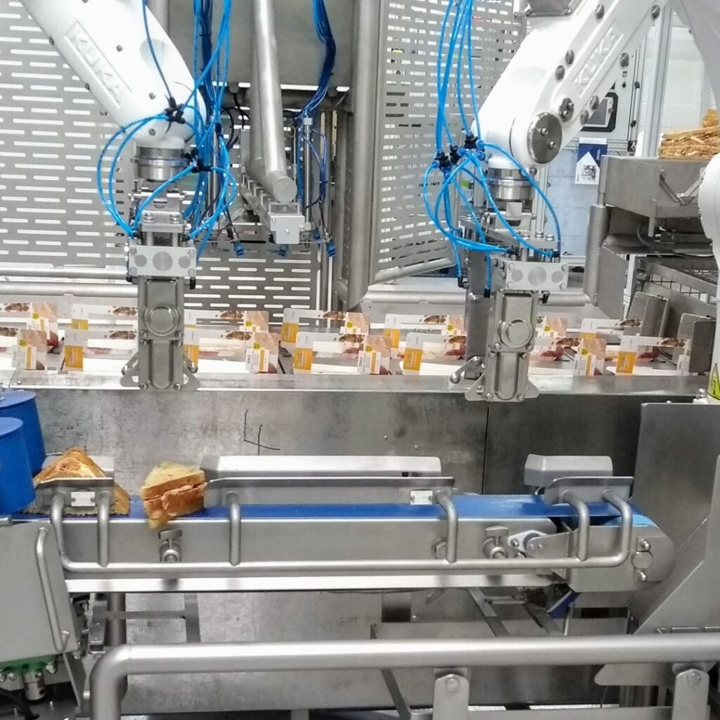 robot packing cell